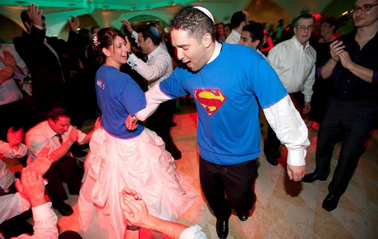 Couple at wedding - Sig and Sari